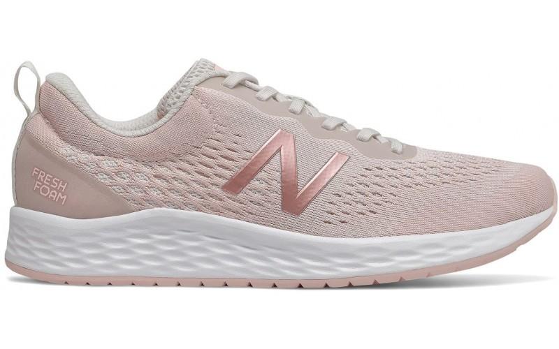 Женские кроссовки New Balance WARISCP3