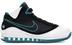 Кроссовки Nike LeBron 7 NFW Red Carpet