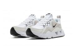 Женские кроссовки Nike RYZ 365 White/Black BQ4153-100