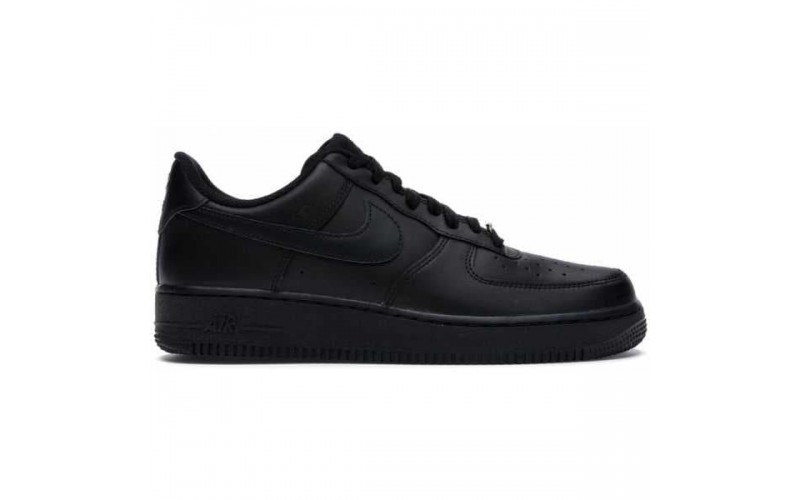 Кроссовки Nike Air Force 1 07 Low Triple Black