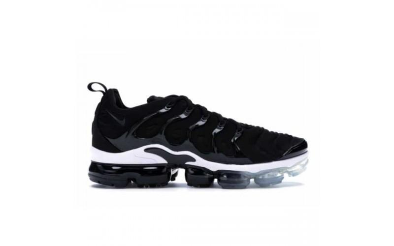 Мужские кроссовки Nike Air VaporMax Plus Black White 924453-010