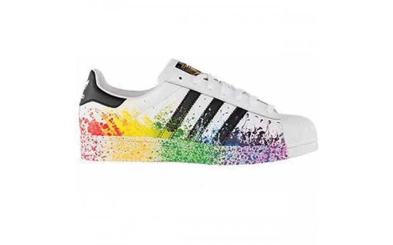 Женские кроссовки Adidas Originals Superstar Paint Splatter Multicolor LGBT D70351