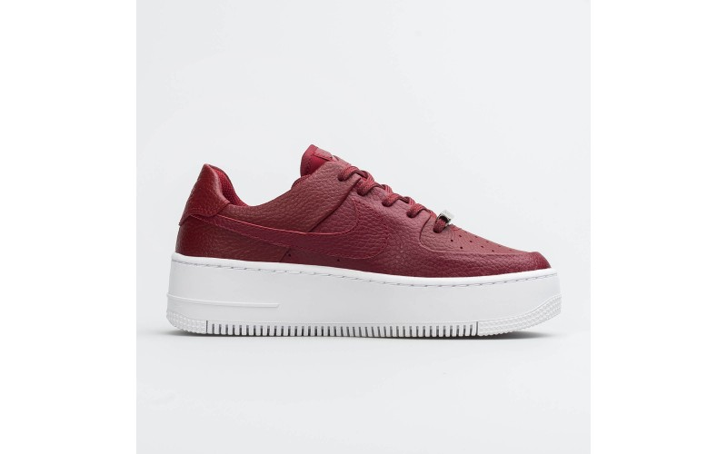 Женские кроссовки Nike Air Force 1 Sage Low Red White AR5339-602
