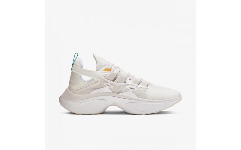 Женские кроссовки Nike Signal D White AT5303-100