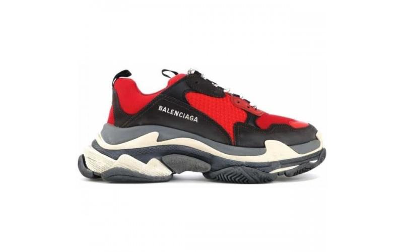 Женские кроссовки Balenciaga Triple S Red Black W 516440W09O76576