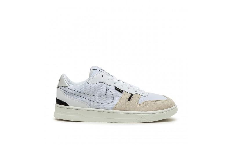 Женские кроссовки Nike Squash-Type White Beige CJ1640-100