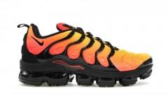 Мужские кроссовки Nike Air VaporMax Plus Black Orange Crimson 924453-006
